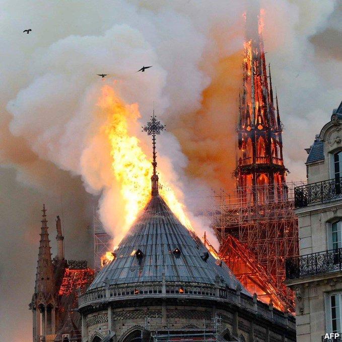 Catedral De Notre Dame Arde En Llamas Conciencia Radio